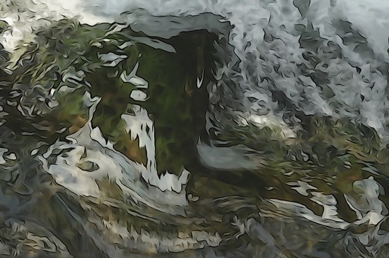 H4032525r-La grotte sacrée